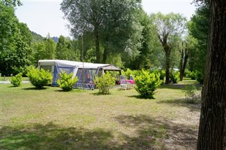Platz am Fluss - Camping Les Bords du Tarn - Gorges du Tarn