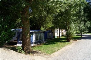 Location Caravanes Mobilhomes - Camping Les Bords du Tarn - Gorges du Tarn